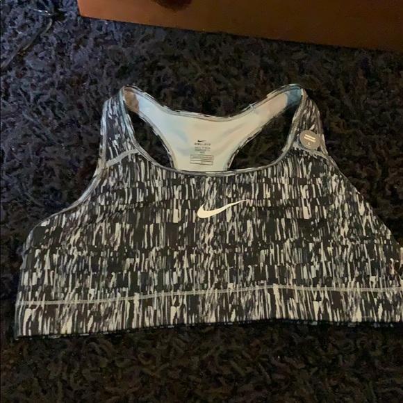 Nike Other - Sports bra